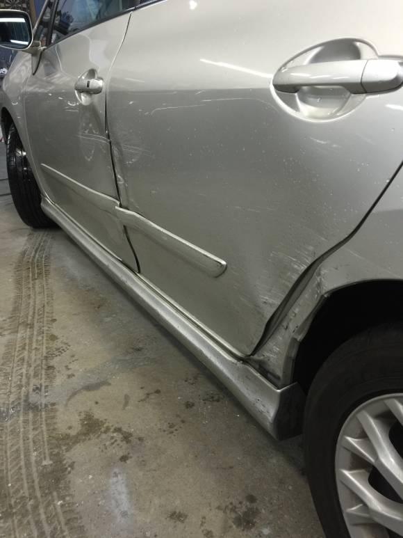 トヨタ ブレイド AZE156 鈑金塗装 修理