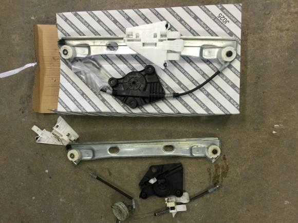 アルファロメオ 159 パワーウィンドウレギュレータ修理