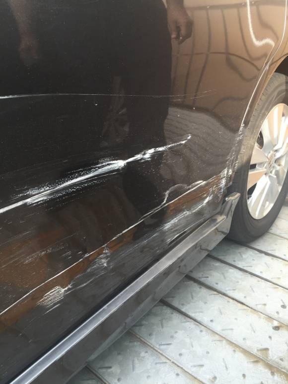 ホンダ RK5 ステップワゴン 鈑金塗装修理