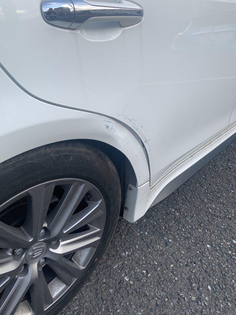 トヨタ クラウン AWS210 キズへこみ 板金塗装修理