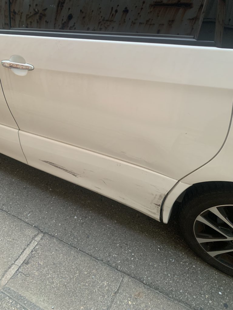 トヨタ エスティマ アエラス GSR55 キズへこみ 板金塗装修理