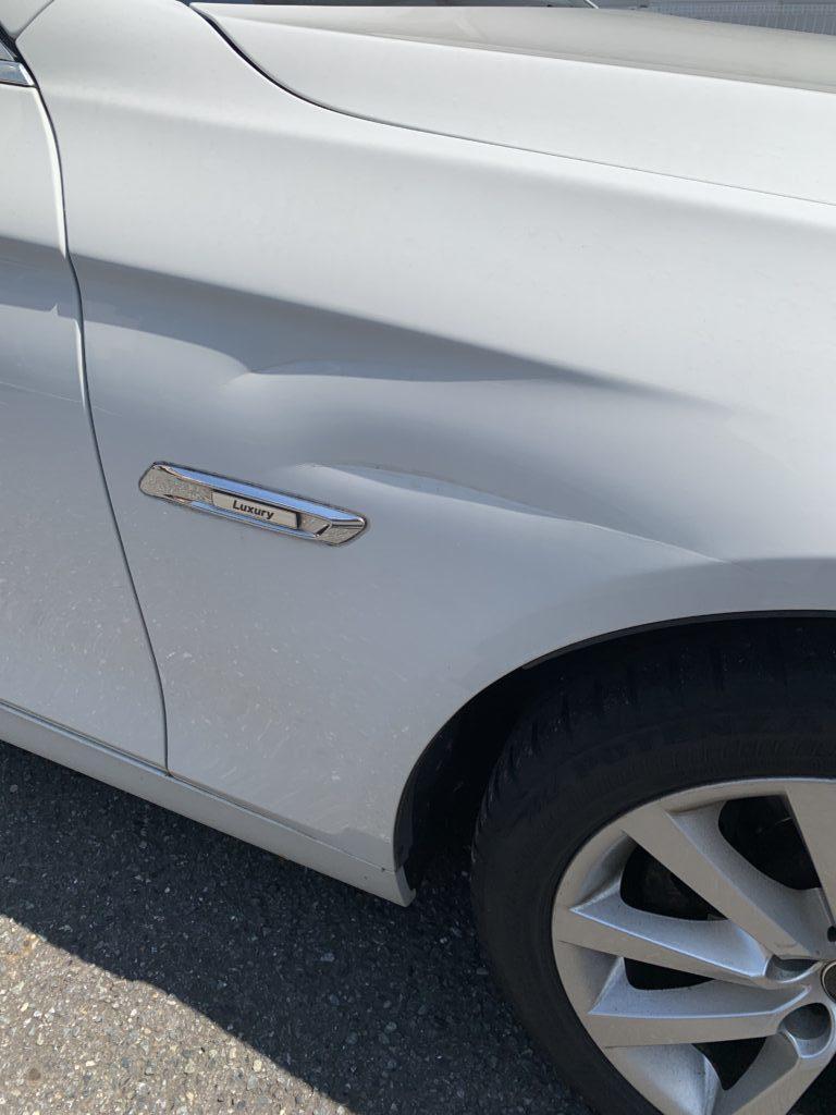 BMW 5シリーズツーリング F11 キズへこみ 板金塗装修理