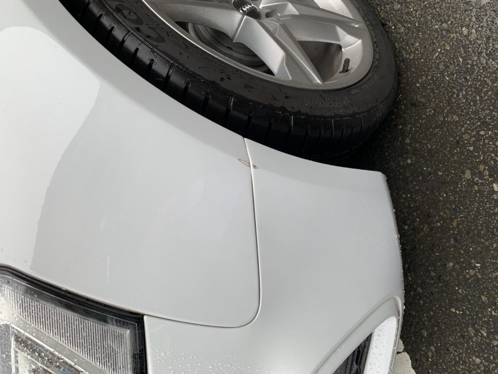 アウディ A5 キズへこみ 板金塗装修理