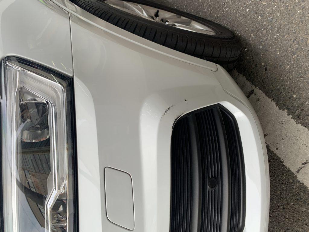 アウディ Q3 キズへこみ 板金塗装修理